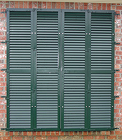 Colonial Shutters - Photo 3
